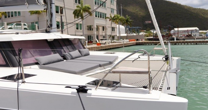 Rental yacht Tortola - Fountaine Pajot Lucia 40 on SamBoat