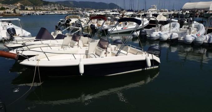 Rental Motorboat in Salerno - Romar romar tirage 5.7 40hp