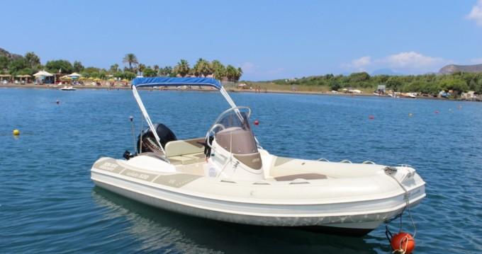 Boat rental Vulcano Porto cheap Wide 520