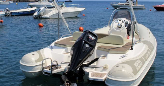 Rent a Joker Boat Wide 520 Vulcano Porto