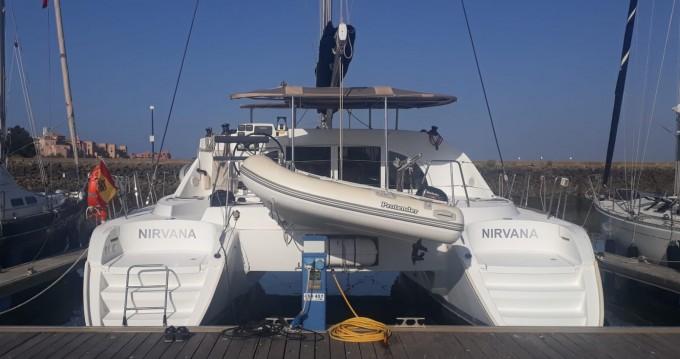 Boat rental Ayamonte cheap Lagoon 380 S2