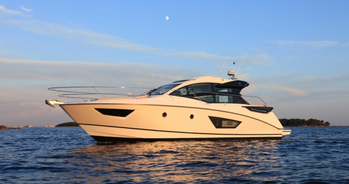 Rental Motorboat in Ajaccio - Bénéteau GRAN TURISMO 50