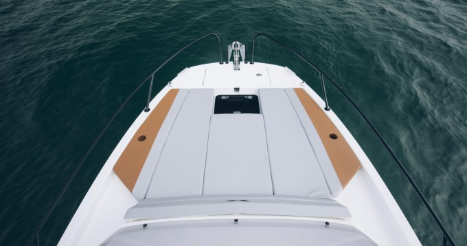 Hire Motorboat with or without skipper Bénéteau Hyères