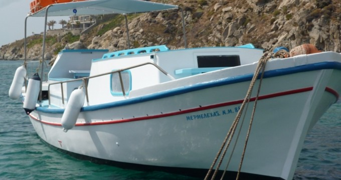 Rental Motorboat Traditional with a permit