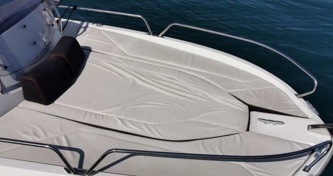 Hire Motorboat with or without skipper Bénéteau Antibes