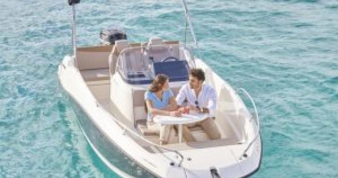 Rental Motorboat in Mahón - Quicksilver Activ 605 Open