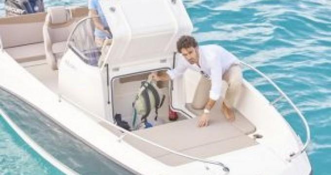 Boat rental Mahón cheap Activ 605 Open