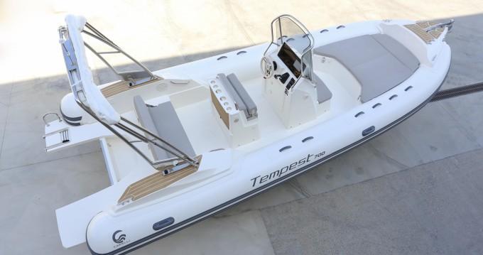 Boat rental Propriano cheap Tempest 700