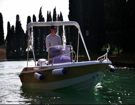 Rental Motorboat in Quarto d'Altino - Marino ATOM 450
