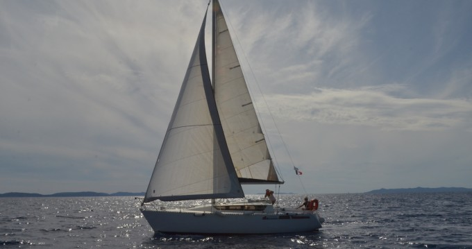 Boat rental Cavalaire-sur-Mer cheap Feeling 920
