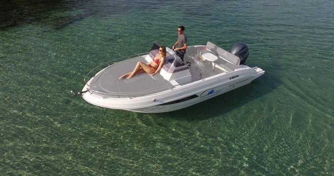 Rental yacht Sant Antoni de Portmany - Pacific Craft 630 SUN CRUISER on SamBoat
