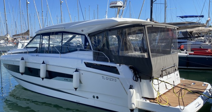 Boat rental Hyères cheap NC 37