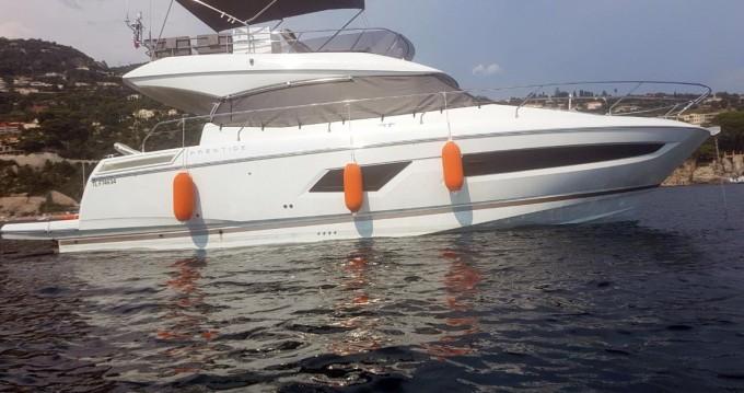 Rental Motorboat in Hyères - Jeanneau Prestige 420 Fly