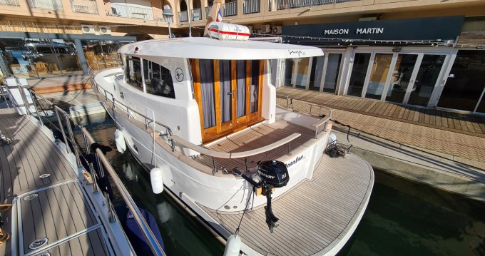Boat rental Hyères cheap menorquin 34