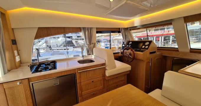 Rental Motorboat in Hyères - Menorquin-Yachts menorquin 34
