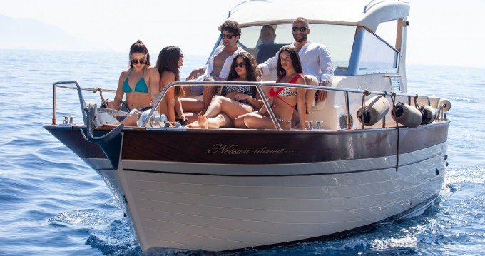 Hire Motorboat with or without skipper Jeranto boats Castellammare di Stabia