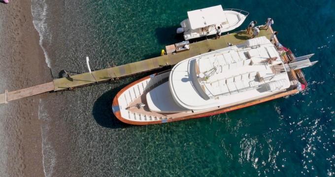 Boat rental Positano cheap Yacht Cantieri Navali Foschi
