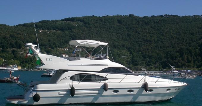 Boat rental Azimut Azimut 52 Fly in Arbatax on Samboat
