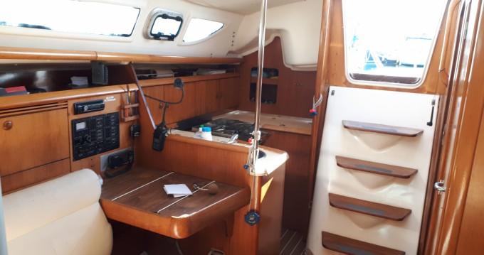 Rental Sailboat in Marseille - Jeanneau Sun Fast 32i