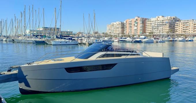 Boat rental Santa Pola cheap M8