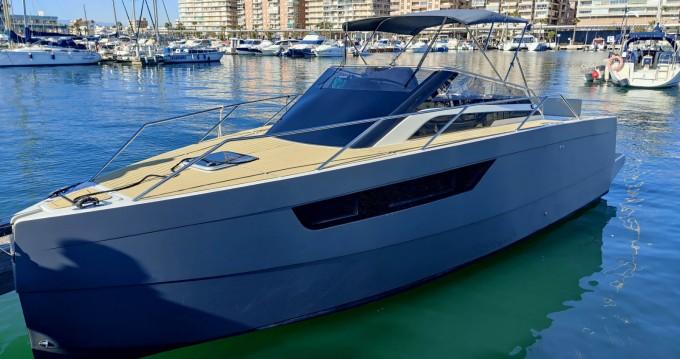 Rental yacht Santa Pola - Nuva M8 on SamBoat