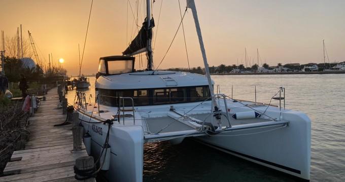 Rent a Lagoon Lagoon 39 Porto Anzio