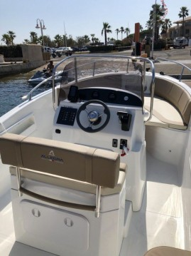 Allegra Boats all 21 open between personal and professional Salerno