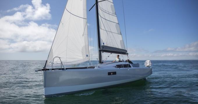 Rental Sailboat in La Rochelle - Pogo Structures Pogo 30