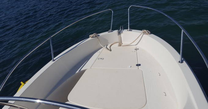 Rental Motorboat in Lomener - Jeanneau Cap Camarat 545 WA