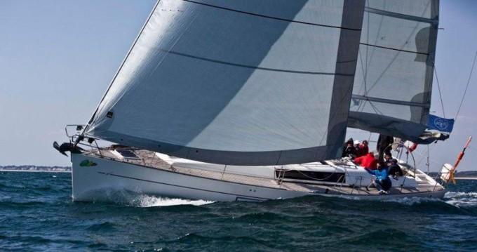 Wauquiez Centurion 45 S between personal and professional La Trinité-sur-Mer