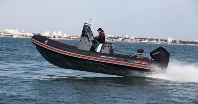 Rent a Valiant Valiant 690 Sport Fishing Lorient
