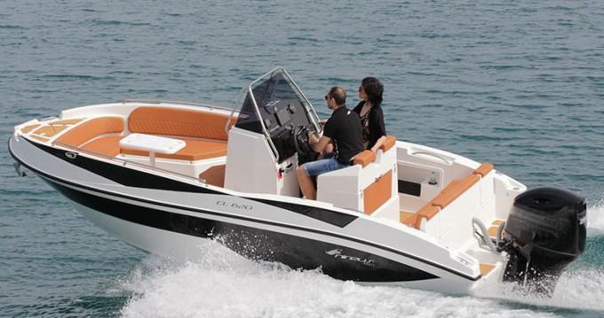 Boat rental Nireus CL620 in Benalmádena on Samboat