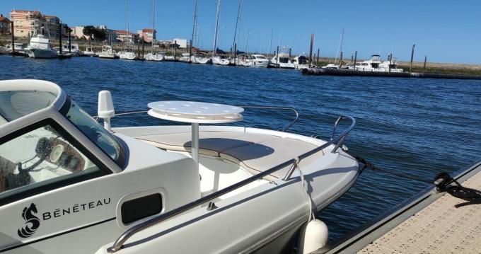 Rental Motorboat in Arcachon - Bénéteau Ombrine 630