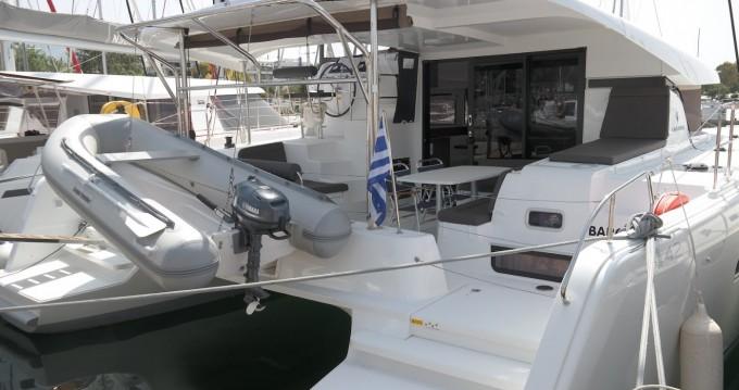 Boat rental Lagoon Lagoon 42 in Piraeus on Samboat