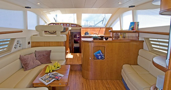 Hire Motorboat with or without skipper Enterprise Marine Salerno