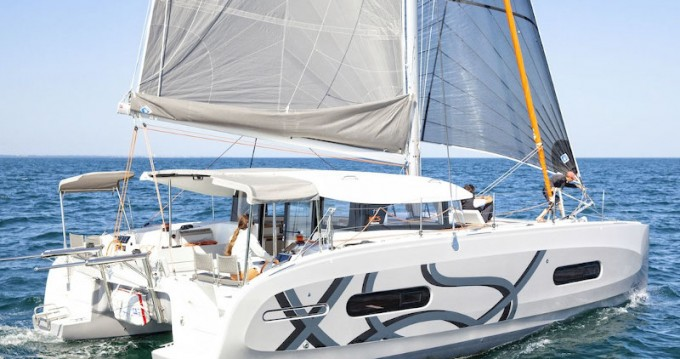 Boat rental Alimos cheap Excess 11