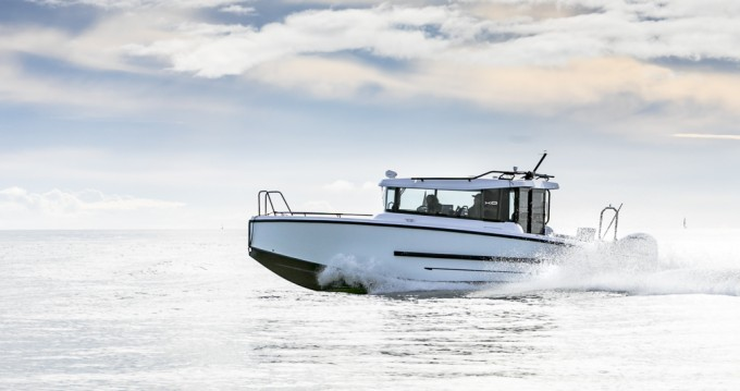 Hire Motorboat with or without skipper Xo Boats Port du Crouesty