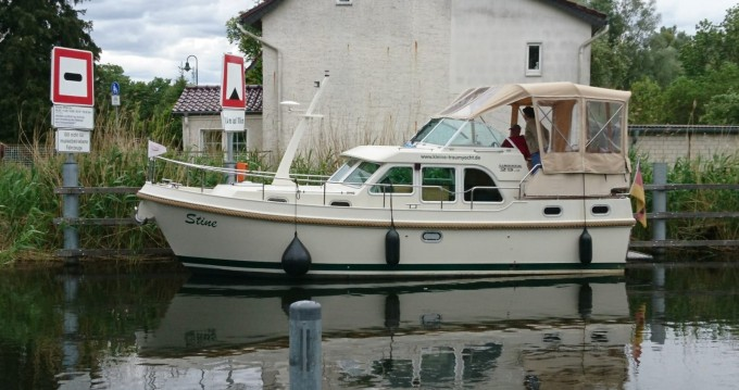Rental Motorboat in Mildenberg - Linssen Linssen GS 29.9 AC