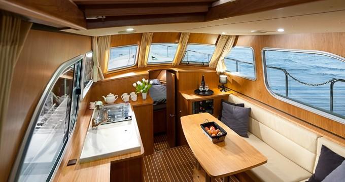 Boat rental Linssen Linssen GS 29.9 AC in Mildenberg on Samboat