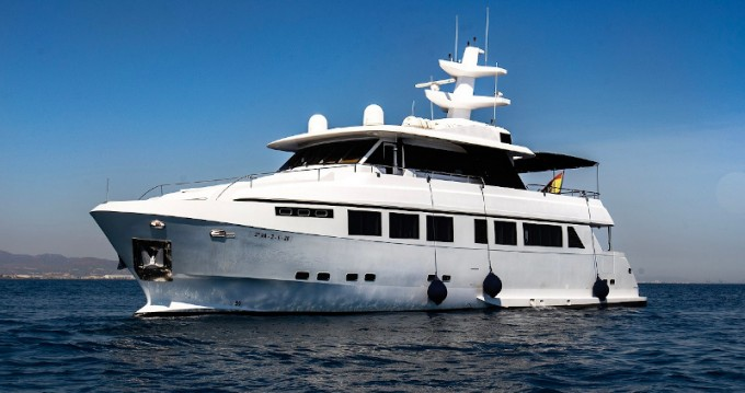 Explorer 92 between personal and professional Dénia