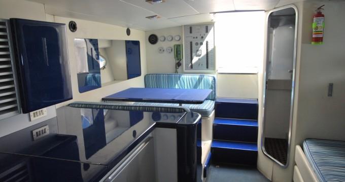 Rental Motorboat in Positano - Itama Itama 38