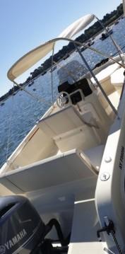 Rental Motorboat in Vannes - Invictus  Invictus 190 FX