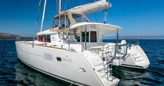 Rental Catamaran in Puerto Deportivo Marina Isla Canela - Lagoon Lagoon 400