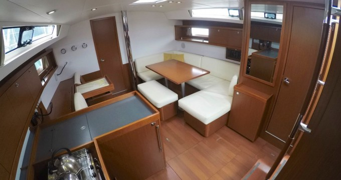Boat rental Puerto Deportivo Marina Isla Canela cheap Oceanis 45
