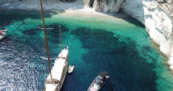 Boat rental Lefkada (Island) cheap Scorpion Seafarer 36