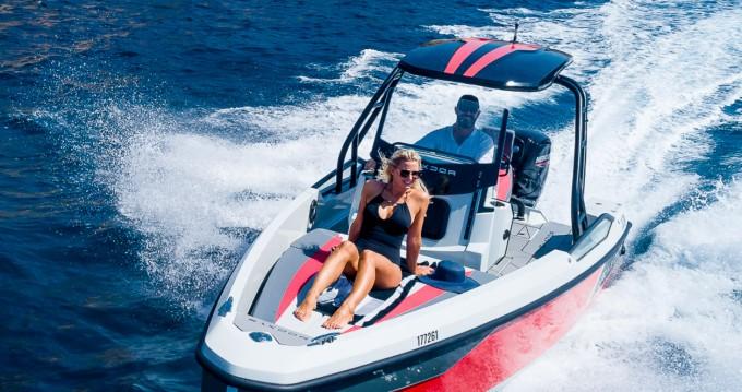 Rental Motorboat in Arzon - Saxdor Yachts 200 Sport