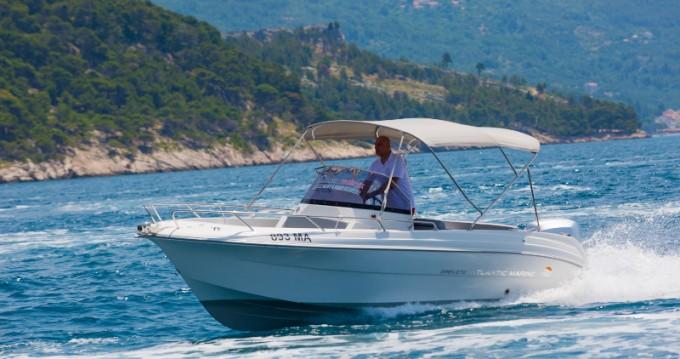 Boat rental Atlantic Atlantic Marine 670 in Kotor on Samboat