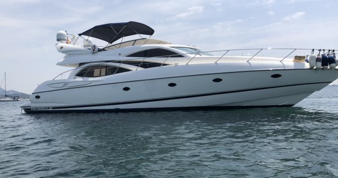 Rental yacht Mahón - Sunseeker Manhattan 64 on SamBoat