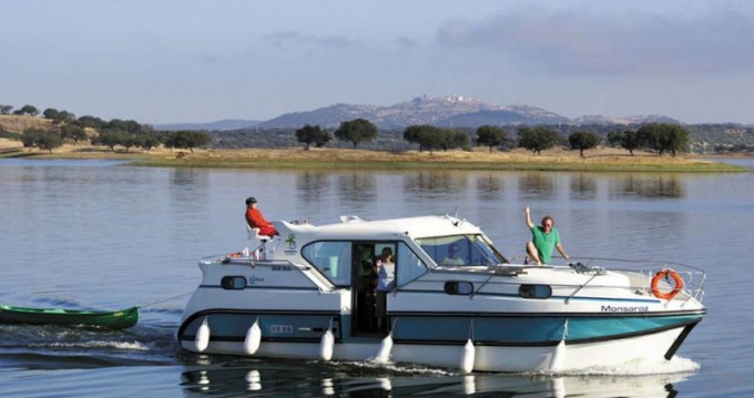Motorboat for rent Fürstenberg at the best price