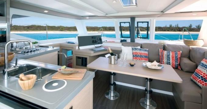 Rental yacht Saint Thomas - Fountaine Pajot Lucia 40 on SamBoat